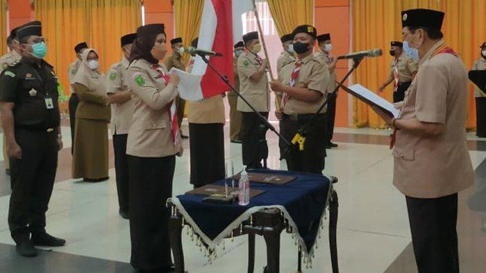Ketua Kwarda Gerakan Pramuka Riau Lantik Rezita Meylani Jadi Ketua Mabicab Gerakan Pramuka Inhu