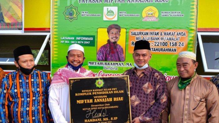 Ketua DPRD Pekanbaru Resmikan Pendidikan Islam Miftah Annajah Riau