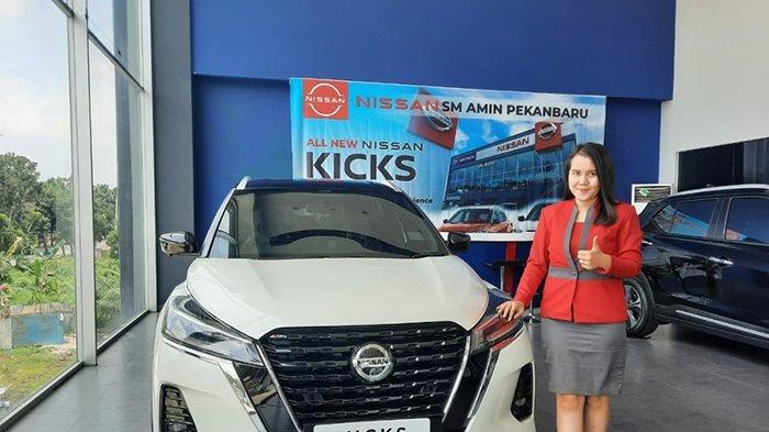 Mobil Jalan Tanpa Charger,Kok Bisa?Kenalkan Produk Baru Nissan,Konsumen Pekanbaru Test Drive Gratis