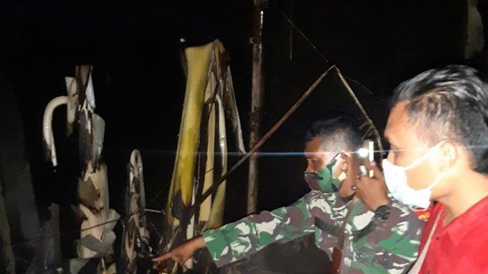 Api yang membakar satu petak kios yang menampung ban ban bekas serta barang bekas motor rusak di Dumai berhasil dipadamkan.