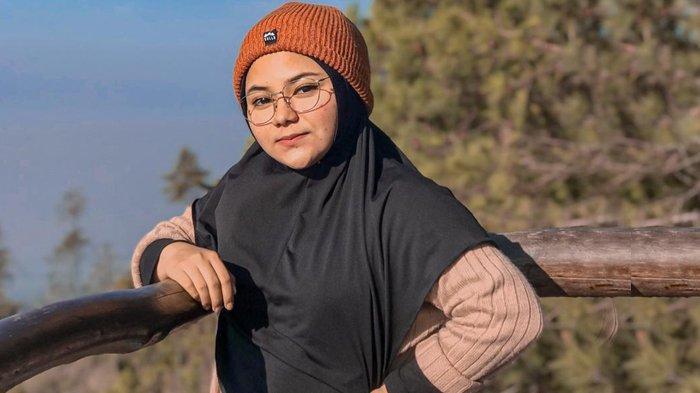 Kisah Cewek Cantik Asal Pekanbaru Lebih Dekat dengan Ibu Selama Ramadhan Saat Wabah Covid-19