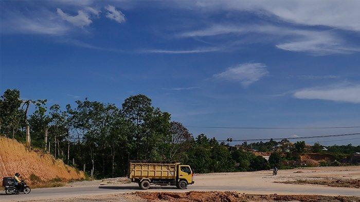 FOTO: Dominasi Mitsubishi Fuso di Kawasan Industri Tenayan Pekanbaru - kit-pekanbaru.jpg