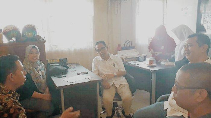Pelayanan Disdukcapil Keteteran, Komisi I DPRD Inhil Langsung Sidak