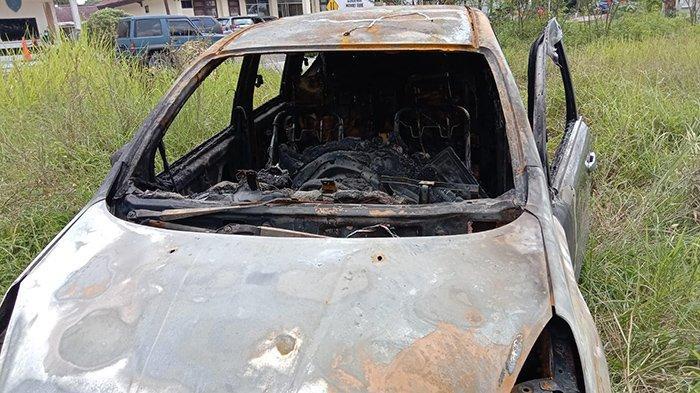 Satu Keluarga Lolos dari Maut Usai Mobil yang Ditumpangi Terbakar di Jembatan Siak, Ini Kisahnya