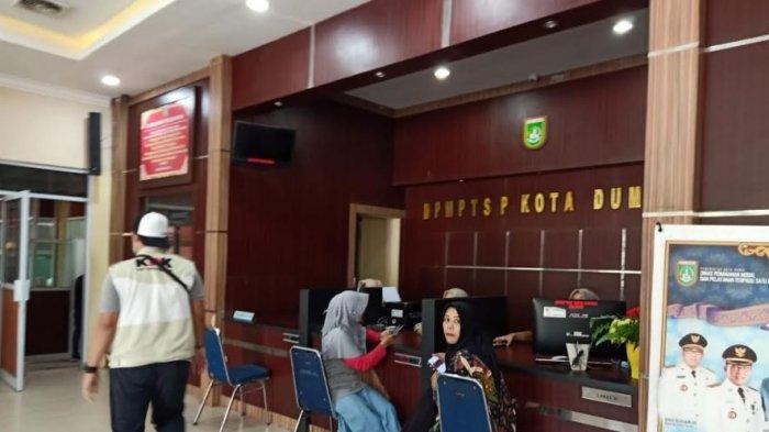 Breaking News: KPK Geledah Kantor DPMPTSP Kota Dumai