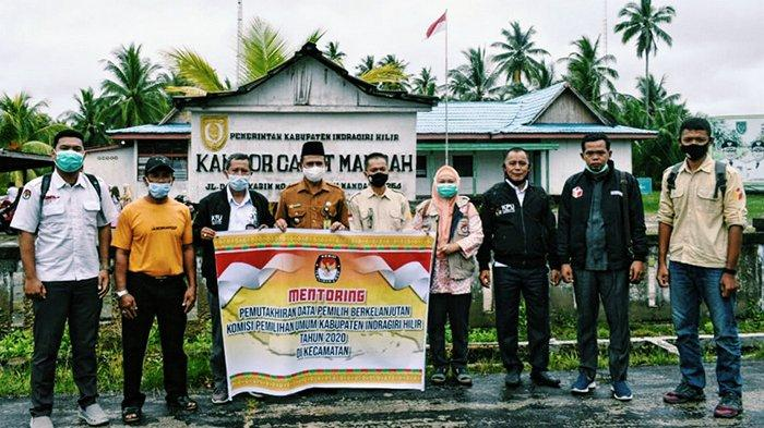 Berkunjung Ke Mandah, KPU Inhil Monitoring Pemutakhiran Data Pemilih