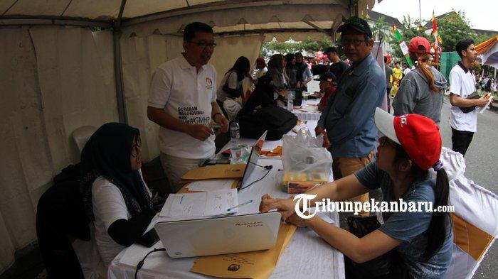 FOTO: KPU Riau Gelar Sosialisasi Gerakan Melindungi Hak Pilih - kpu-riau-gelar-sosialisasi-gerakan-melindungi-hak-pilih-hbkb_20181014_120808.jpg