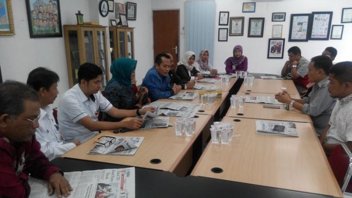Gelar Sosialisasi Jelang Pilkada, KPU Pekanbaru Berkunjung ke Tribun Pekanbaru