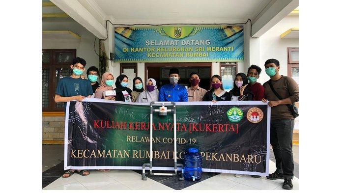 Mahasiswa Kukerta Relawan Covid-19 UNRI, Lakukan 7 Program Kerja di Umban Sari dan Sri Meranti