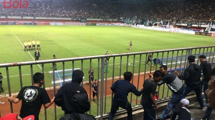 Suporter PSS Sleman dan Arema FC Rusuh, TERUNGKAP Ada 20 Provokator