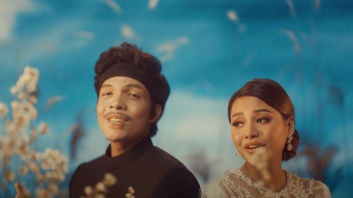 MP3 Hari Bahagia Atta Halilintar ft Aurel: CEK Lirik Lagu Hari Bahagia Atta dan Aurel 2021