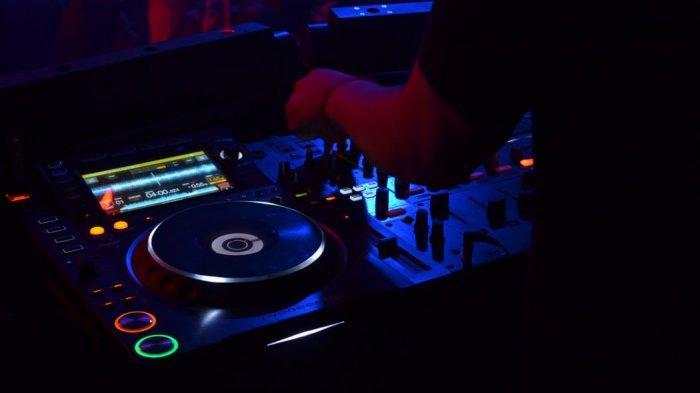Download Lagu DJ Tiktok DJ Ratatata Viral Remix, Lagu Gratatata MP3 Viral Tiktok