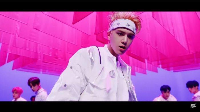 Lagu Terbaru The Boyz 2021, Download Lagu The Boyz Breaking Dawn MP3, Ini Lirik Arti Terjemahannya