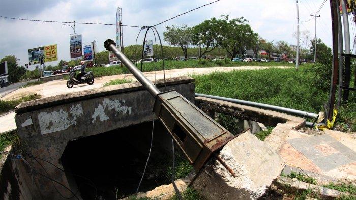 Foto Lampu Penerangan Taman Di Pekanbaru Ini Cukup Mengenaskan Tribun Pekanbaru