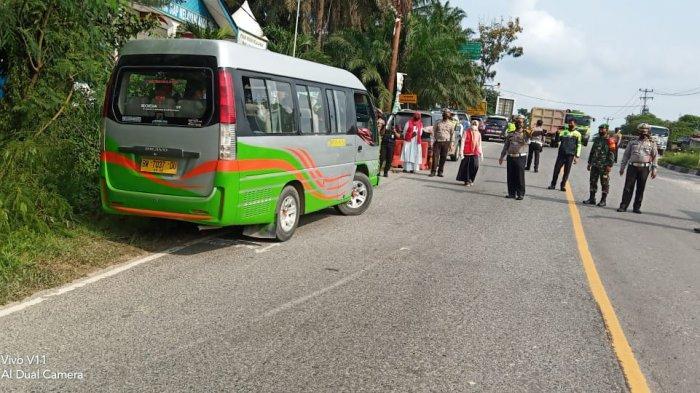 Larangan Mudik di Pelalawan, Bus dari Jakarta Disuruh Putar Balik di Posko Perbatasan