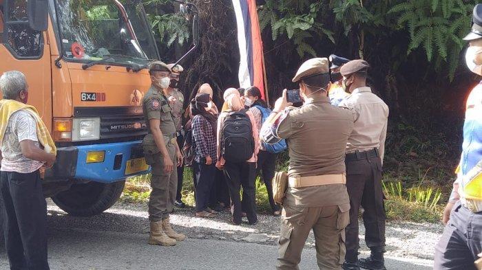 Arus Balik di Kuansing, Puluhan Kendaraan Terpaksa Putra Balik di Pos Penyekatan
