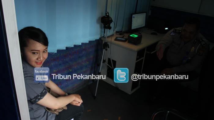 FOTO: Launching SIM Online di Pekanbaru - launching-sim-online-polda-riau-polresta-pekanbaru-3-06122015_20151206_123706.jpg