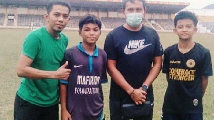 Skill Mumpuni Pikat Pelatih Timnas,2 Pemain Muda Inhil Wakili Riau di Seleksi U-16 Tingkat Nasional