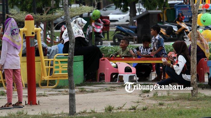 Liburan Idul Fitri diRuang Terbuka Hijau Tunjuk Ajar Integritas - libur_20180618_143346.jpg