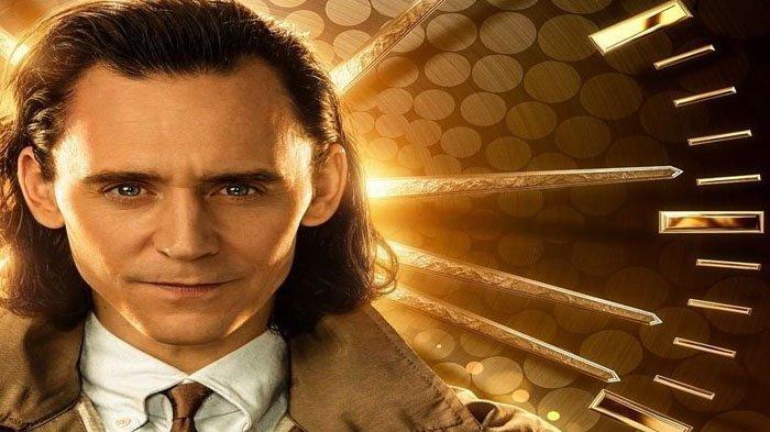 Poster Film Loki di Disney+ Hotstar. Di artikel ini kami suguhkan sinopsis Film Loki dan Link Film Loki