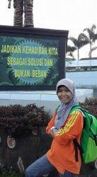 Lisda Ika Wahyuni Ningsih, S.Pd Guru SMA Negeri 1 Tanah Putih, Rokan Hilir Riau.