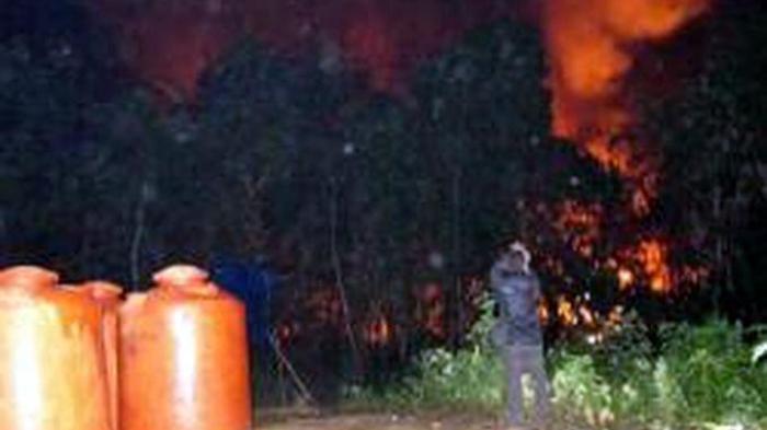 Lagi, Sumur Minyak Tradisional Meledak, 2 Orang Terbakar