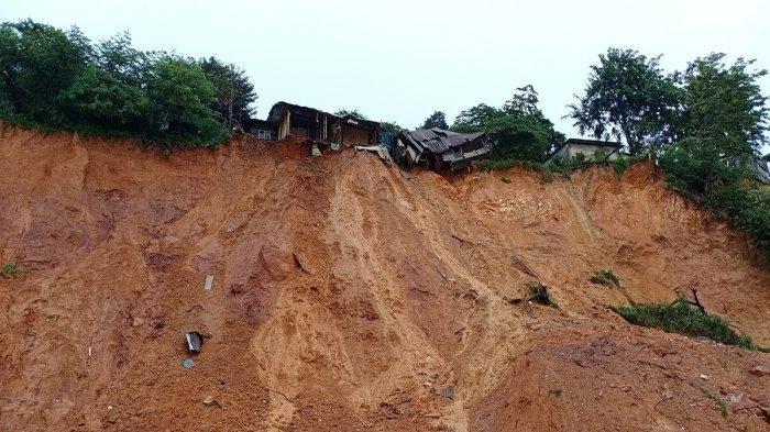 Warga Kepri Diingatkan, Cuaca Ekstrem Diprediksi Sabtu 9 Januari Besok, Hujan Lebat Disertai Petir