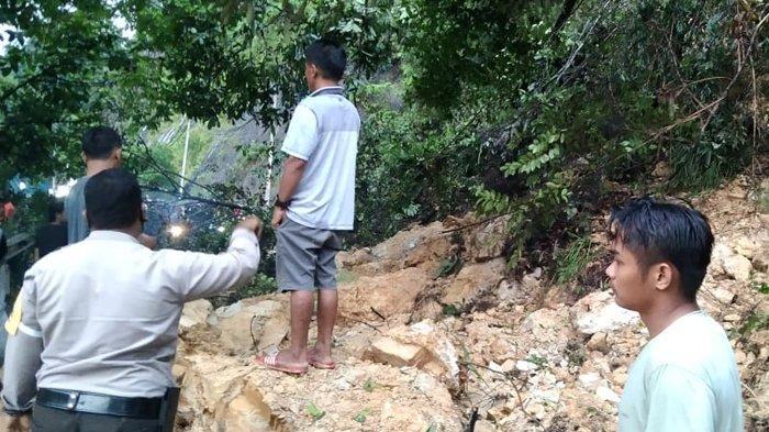 Longsor di Rantau Barangin, Jalan Lintas Riau-Sumbar Putus Total, Ini Penampakannya