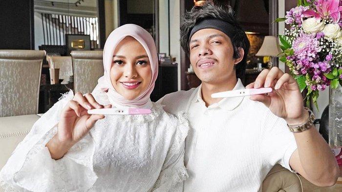 Foto: Atta Halilintar dan Aurel Hermansyah