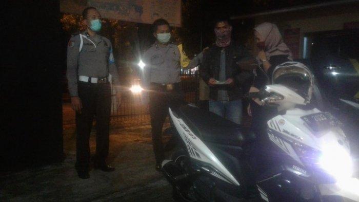 LUCU, Keasikan Belanja di Swalayan, Pasutri Ini Panik Lapor Polisi Motornya Hilang, Aslinya Begini!