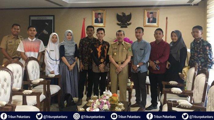 Mahasiswa Kesehatan Berikan Pandangan Problematika Kesehatan di Riau kepada Gubernur Riau Syamsuar