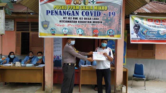 Mahasiswa Kukerta Bantu Salurkan BLT-DD kepada Warga Terdampak Covid-19