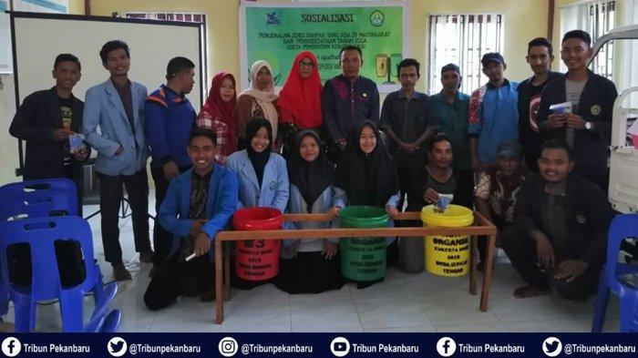 Mahasiswa Kukerta UNRI Gelar Workshop Pengembangan Potensi Desa dan Pelatihan Hidroponik Sederhana