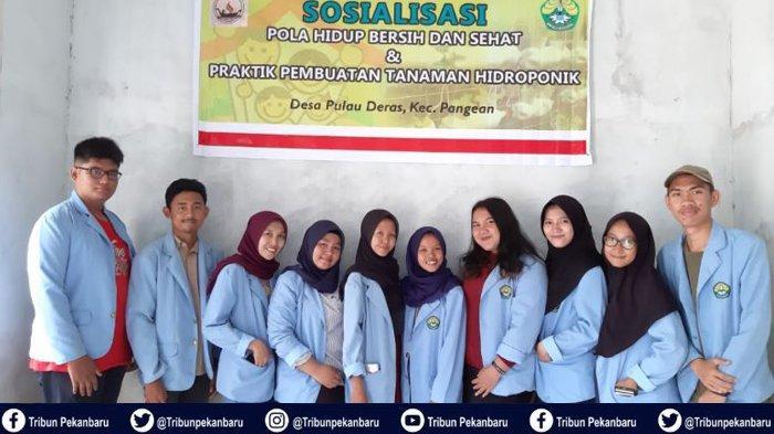 Mahasiswa Kukerta UNRI Sosialisasikan Pola Hidup Bersih dan Sehat serta Cek Kesehatan di Pulau Deras