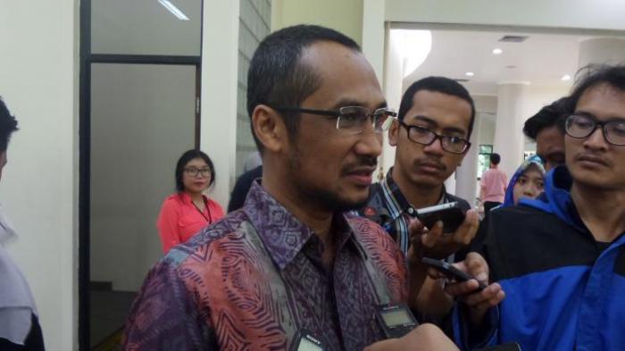 Ketua & Pejabat KPK Dapat Mobil Mewah, Abraham Samad Geram: Ini Masa Pandemi Bos. Tak Empatilah