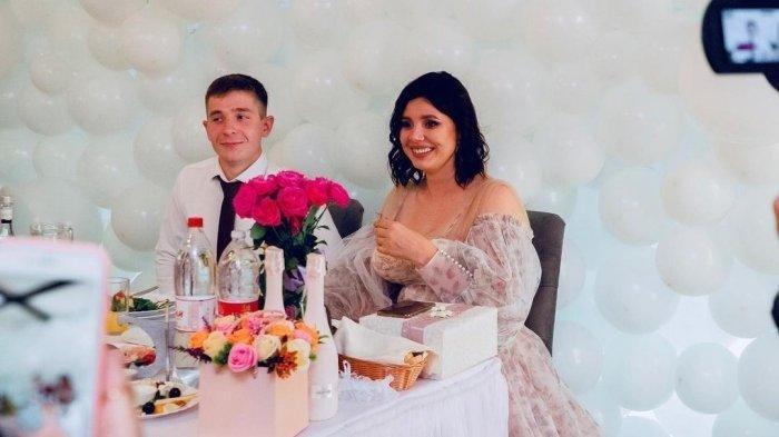 Bagini Kabar Istri Dipergoki Suami Sedang Berhubungan Sama Anak Tiri dan Akhirnya Menikah, Ingatkah?