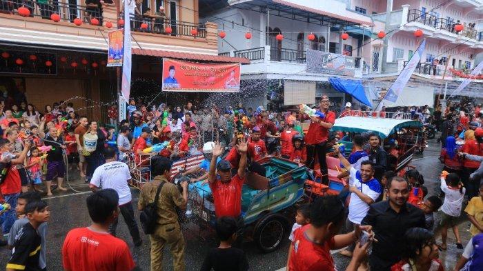 Masuk Kategori Pariwisata Terpopuler, Festival Perang Air di Kota Selatpanjang Makin Diminati