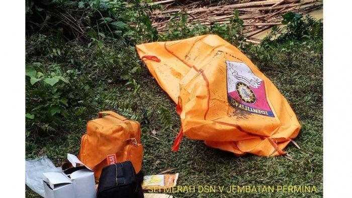 Suhartono Cium Bau Busuk Saat Mengambil Pasir, Tambah Kaget Temukan Jenazah Pria Dalam Karung