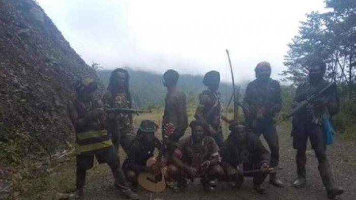 Memang Minta Diberangus, Teroris KKB Papua Bakar Sekolah dan Puskesmas, Lakukan Pelanggaran HAM