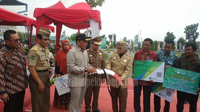 Menaker Ida Fauziyah ke Riau Pimpin Upacara Bulan K3 Nasional ke 50 di Riau, Sebut Tantangan Baru K3