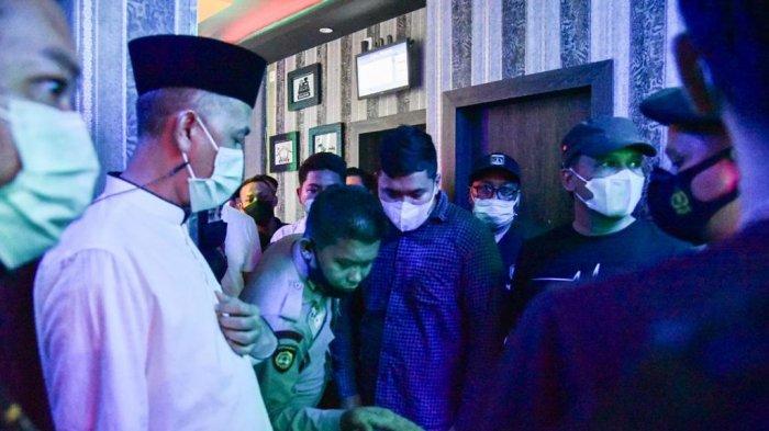 Mendadak Sidak Prokes di Tempat Hiburan Malam, Wali Kota Dumai Malah Temukan Barang Haram