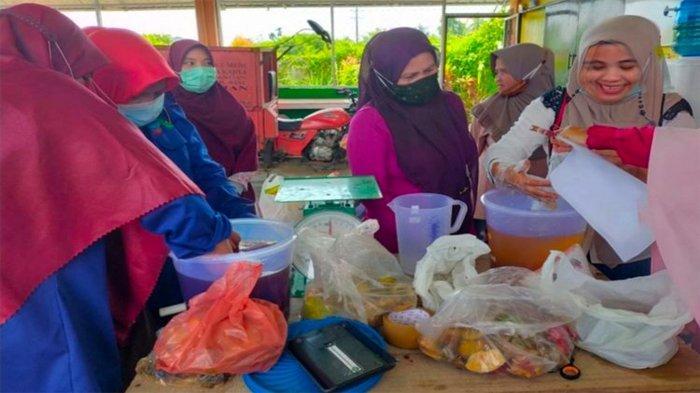 Dosen Unilak Buat Terobosan, Olah Sampah Kulit Buah jadi Disinfektan dan Hand Sanitizer
