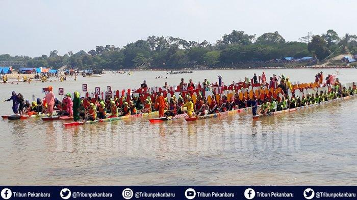 Menteri Pariwisata Umumkan dengan Pantun, Pacu Jalur di Riau Masuk Kalender Pariwisata Nasional 2020