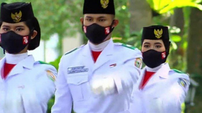 Putri Pasangan Karyawan PTPN V Kibarkan Merah Putih di Istana Negara