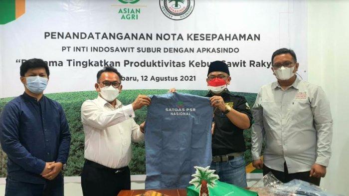 Pacu Produktivitas Sawit Rakyat, DPP APKASINDO jalin Kemitraan dengan Asian Agri