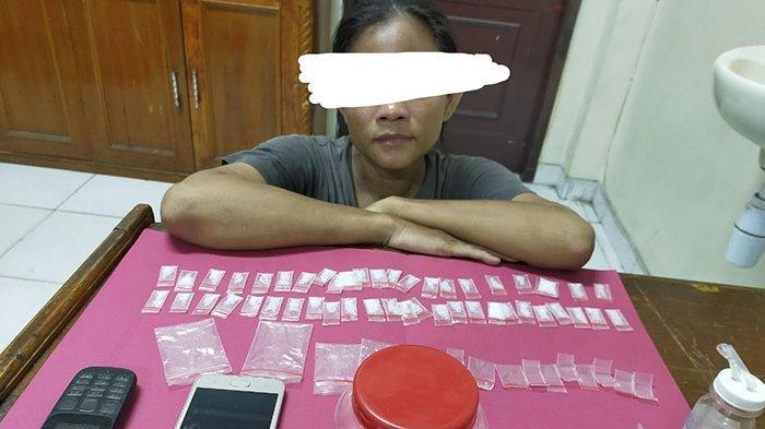 Tampang Sok Imut Kelakuan Amit-amit,Wanita Asal Pekanbaru Ini Jadi Incaran Polisi,Kenapa?