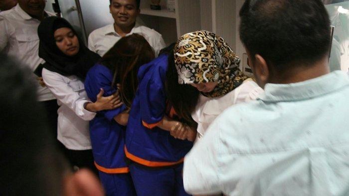 1000 Video Hot, 2000 Foto Artis dan Model Cantik Ditemukan Polisi dari Muncikari Siska