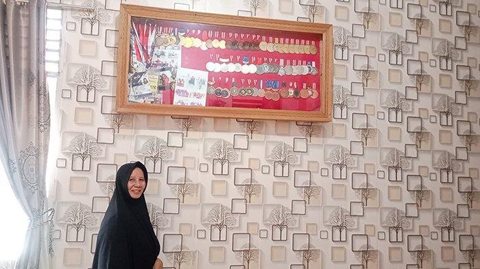 Senyum Merekah di Bibir Nurhaida, Bangga 3 Anaknya Raih 4 Emas untuk Riau di PON 2021, Ini Kisahnya