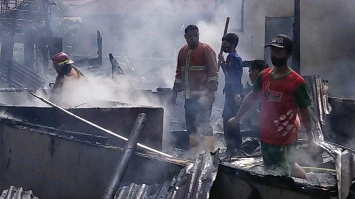 NYATA! Alquran, Tasbih dan Bendera Merah Putih Tak Terbakar Dalam Kebakaran Rumah Warga di Pelalawan