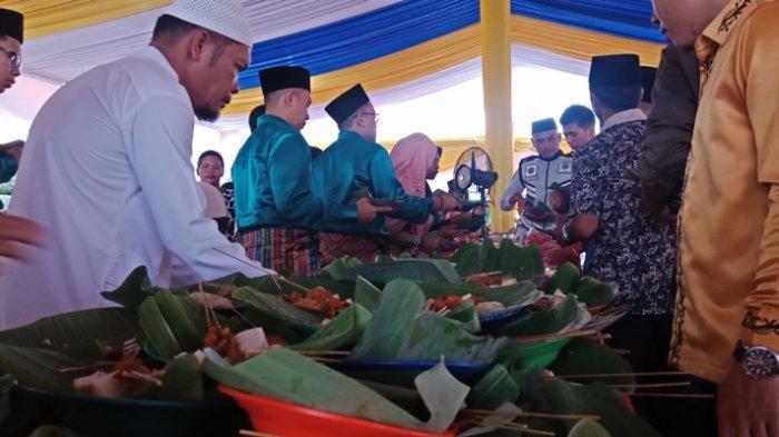 Menu Makanan Khas yang Dihidangkan Saat Open House di Rumah Dinas Bupati Pelalawan Riau